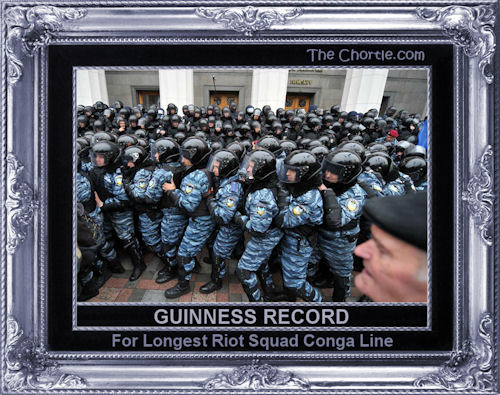Guiness record for longest riot squad conga line